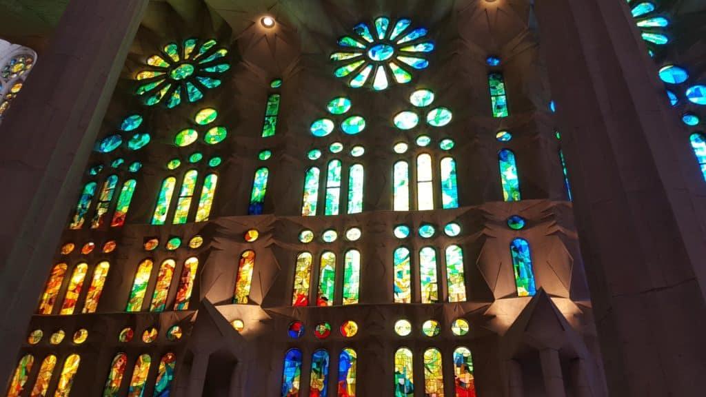 サグラダファミリア贖罪聖堂 内部