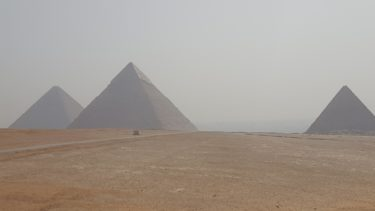 【メンフィスのピラミッド地帯】砂漠とナイルが生んだ奇跡の巨大建造物